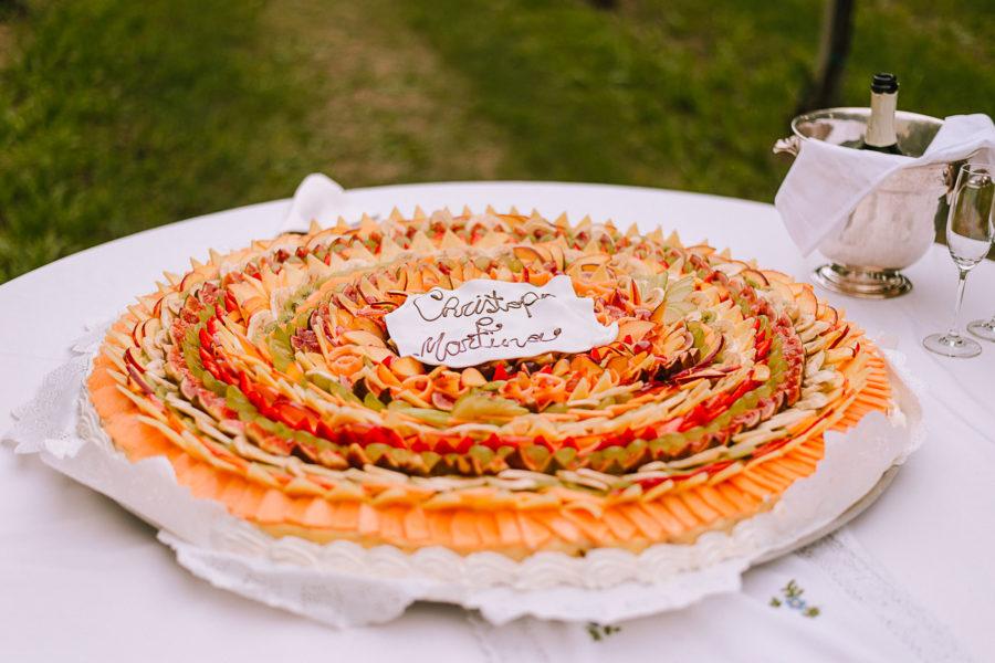 Fotografo matrimonio Vicenza Padova, wedding cake, con frutta