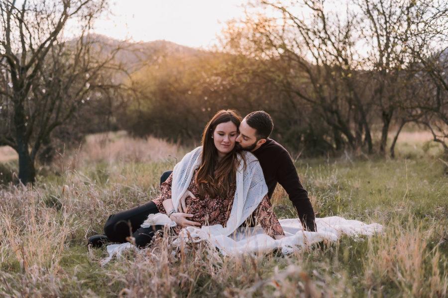 fotografato gravidanza, maternità, coppia al tramonto