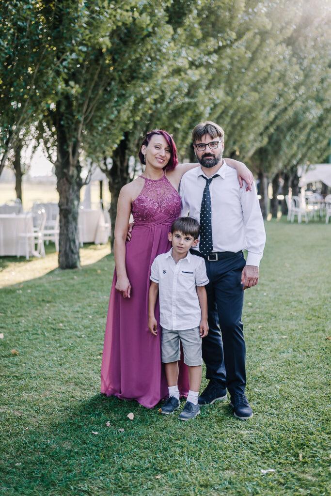 Foto famiglia coppia sposi matrimonio