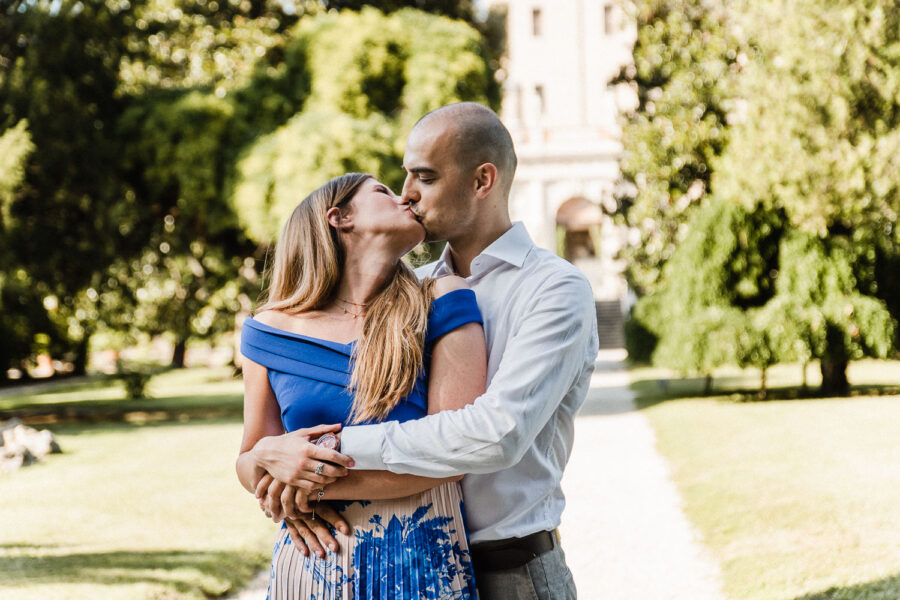 Bacio coppia al Castello del Catajo